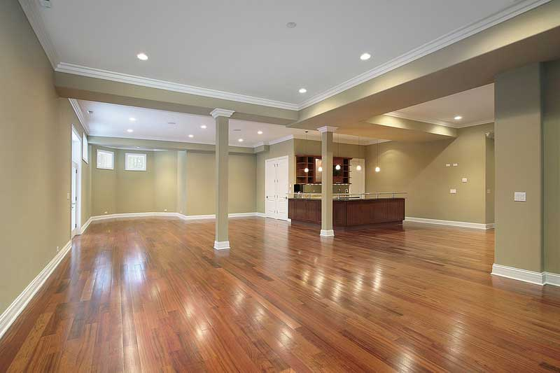 Large basement with top-of-the-line Perfo flooring